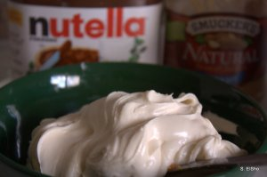 plain cream cheese frosting before nutella&PB jump in