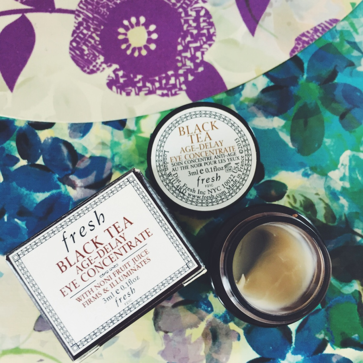 fresh black tea age-delay concentrate eye cream {Beauty Reviews}